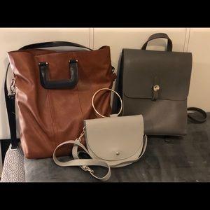 Handbags - Hadbags/purses